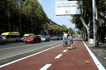 """დავით ნარმანია – პეკინის ქუჩაზე, """"ბას ლაინებზე"""" ავტომობილების გაჩერებისთვის მოქალაქეები დაჯარიმდებიან"""