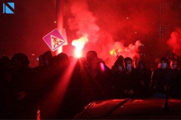 ქუთაისში სტადიონზე ლგბტ თემის დროშა დაწვეს