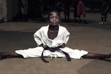ბავშვების ემოციური ფოტოები მსოფლიოდან