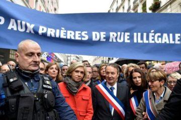 ფრანგი პოლიტიკოსები პარიზის ქუჩებში მუსლიმების საჯარო ლოცვის წინააღმდეგ გამოვიდნენ