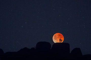 """""""სუპერ ლურჯი მთვარის"""" დროს დაჭერილი საოცარი კადრი"""