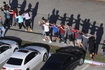 ფლორიდის სკოლაში სროლას 17 ადამიანის სისცოცხლე ემსხვერპლა