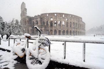 დრონით გადაღებული თოვლში ჩამალული რომი