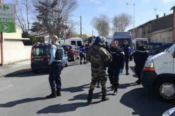 პოლიციამ სუპერმარკეტში შტურმი განახორციელა, თავდამსხმელი მოკლულია