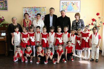 ფოთის დევნილთა დასახლებაში 100 აღსაზრდელზე გათვლილი საბავშვო ბაღი გაიხსნა
