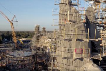 ვიდეო: დისნეილენდში star wars – ის პარკს აშენებენ