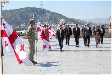 აფხაზეთიდან გადმოსვენებული ქართველები სამხედრო პატივით დაკრძალეს
