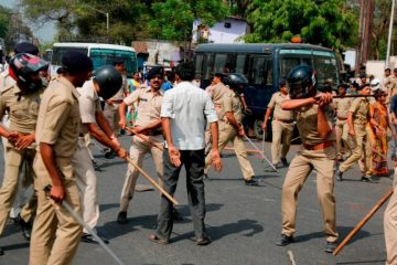 """""""მიუკარებელთა"""" გამოსვლებმა ინდოეთში 10 ადამიანის სიცოცხლე შეიწირა"""
