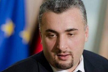 """ია კერზაიას საქმე – """"ევროპული საქართველო"""" განათლების მინისტრის გადადგომას ითხოვს და შალვა თადუმაძეს პარლამენტში იბარებს"""