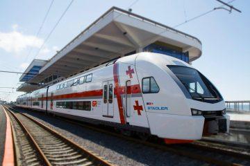 """""""შტადლერის"""" ორსართულიანი მატარებელი დაუდგენელმა პირებმა დააზიანეს"""