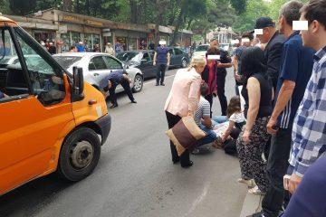 თბილისში ქვეითთათვის განკუთვნილ ზებრაზე ავტომობილი სკოლის მოსწავლეს დაეჯახა