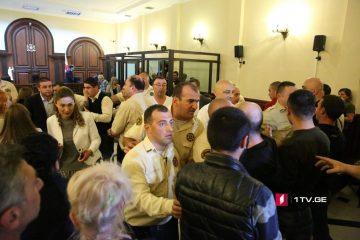 """""""ქართული მარშის"""" წევრები სასამართლომ პატიმრობაში დატოვა"""