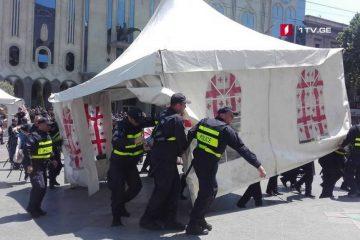 რუსთაველის გამზირზე საავტომობილო მოძრაობა აღდგა