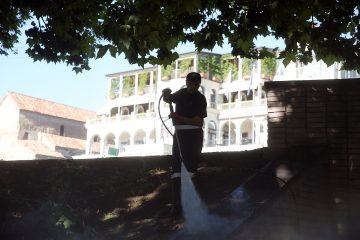 თბილისში მიწისქვეშა გადასასვლელების დასუფთავება ყოველდღიურად მიმდინარეობს