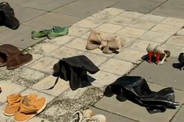 მთავრობის კანცელარიასთან გაცვეთილი ფეხსაცმელები მიიტანეს