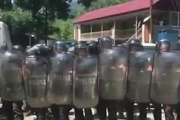 ხაიშსა და ჭუბერში პოლიციაა მობილიზებული:  ხე-ტყით ვიკვებებით და ამას გვიკეტავენ