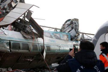 თურქეთში მატარებლის რელსებიდან გადავარდნის შედეგად 4 ადამიანი დაიღუპა და 43 დაშავდა