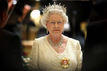 ელისაბედ მეორის ყოველწლიური ტელემიმართვა – დედოფალმა ბრიტანელებს შობის დღესასწაული მიულოცა