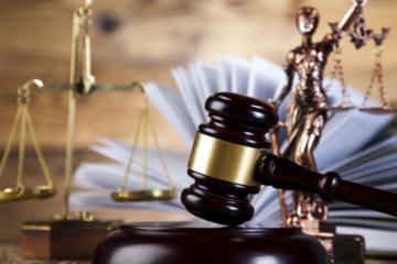 ე.წ. პიჯაკების საქმე – სასამართლოზე პრეზიდენტის ადმინისტრაციის პროტოკოლის ყოფილი უფროსი დაიკითხა