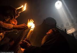 იერუსალიმში წმინდა ცეცხლის გარდამოსვლის ცერემონიის დროს ტაძარში 15 სასულიერო პირი იქნება