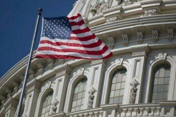 აშშ-ს კონგრესის წარმომადგენელთა პალატამ ყველა წევრისა და მთლიანი პერსონალისთვის პირბადეების ტარება სავალდებულო გახადა