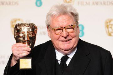 """ფილმის """"შუაღამის ექსპრესი""""-ს რეჟისორი ალან პარკერი 76 წლის ასაკში გარდაიცვალა"""