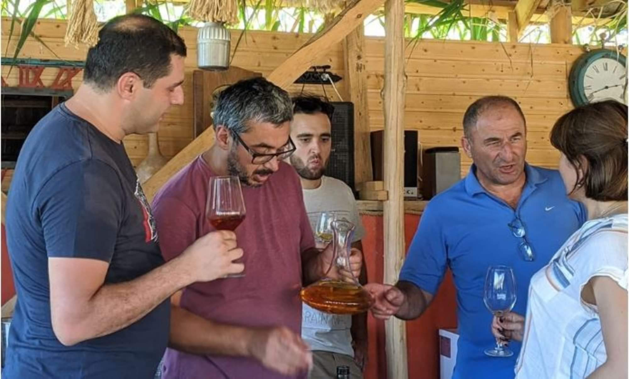 """""""ღვინის ოსტატებმა"""" ტერუარული ღვინის საზოგადოების შემოკრება დაიწყეს"""