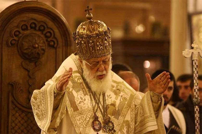 """""""აღვავლენთ ლოცვებს, რაღა ღმერთი მშვიდობისა შეეწიოს სომხეთს, აზერბაიჯანს და მთელ კავკასიას"""""""