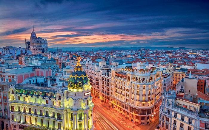 ესპანეთის მთავრობამ ქვეყანაში საგანგებო მდგომარეობა გამოაცხადა