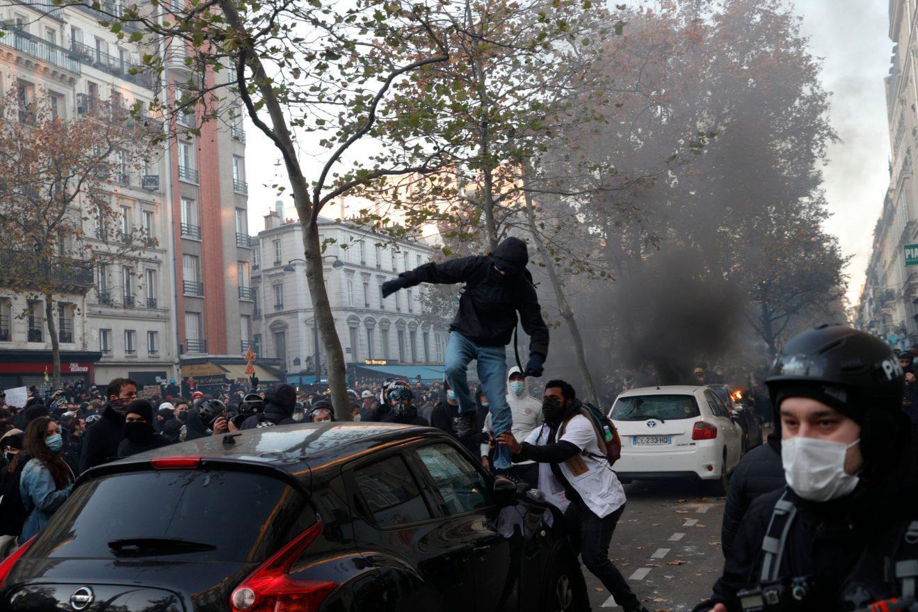 მომიტინგეები საფრანგეთში უსაფრთხოების კანონს აპროტესტებენ