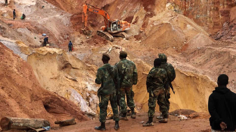 გვინეა – ოქროს მაღაროში მეწყრის შედეგად 15 ადამიანი დაიღუპა
