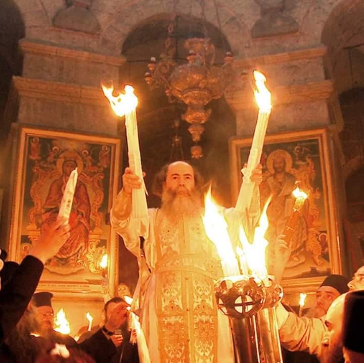 საქართველოში წმინდა ცეცხლს დაახლოებით 23:00 საათზე ჩამოიტანენ