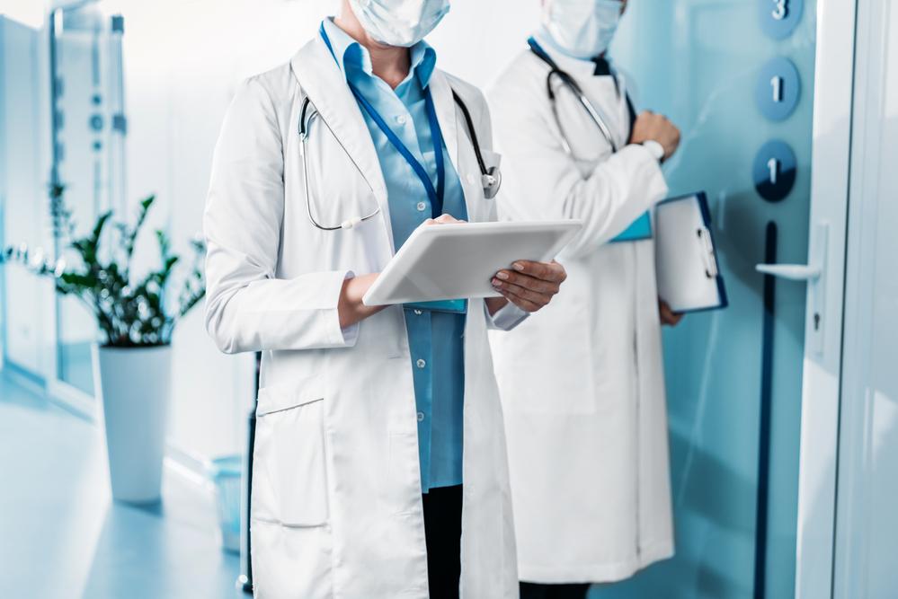 საქართველოსა და უცხოეთში მცხოვრები ექიმები და მეცნიერთა ჯგუფი, COVID19-ის პანდემიისა და მასთან ბრძოლის გზებზე საგანგებო მიმართვას ავრცელებენ
