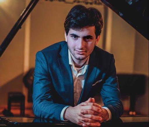 20 წლის ქართველი პიანისტი სანდრო გეგეჭკორი საერთაშორისო ჟიურიმ 400-დან 7 საუკეთესოს შორის შეარჩია