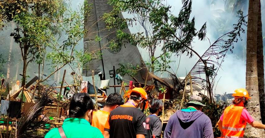 ფილიპინებში სამხედრო თვითმფრინავმა კატასტროფა განიცადა