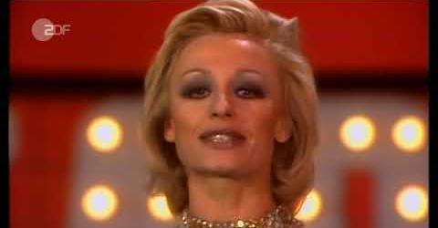 იტალიელი მომღერალი და მსახიობი რაფაელა კარრა 79 წლის ასაკში გარდაიცვალა