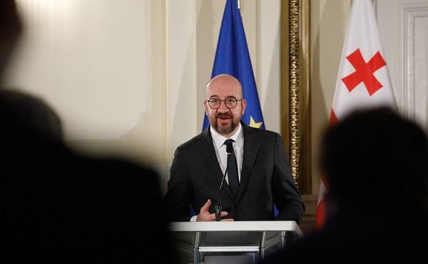 საქართველოში განვითარებულ მოვლენებთან დაკავშირებით ევროპული საბჭოს პრეზიდენტი გუნდთან ერთად კონსულტაციებს აწარმოებს