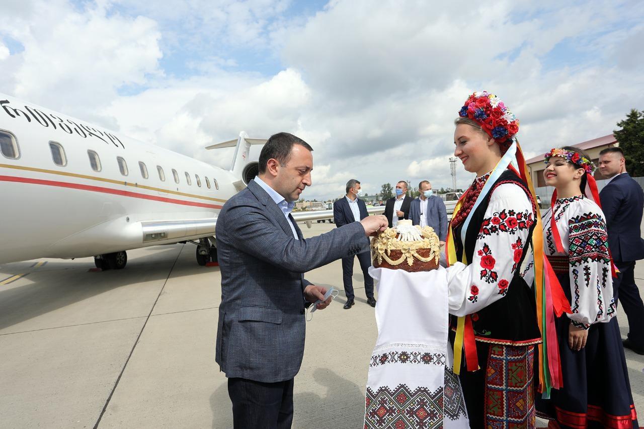 საქართველოს პრემიერ-მინისტრირაკლი ღარიბაშვილისოფიციალური ვიზიტი უკრაინაში დაიწყო