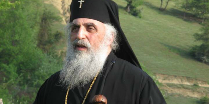 მეუფე სტეფანემ, 10-მდე სასულიერო პირი სამონაზვნე და სასულიერო დასიდან სრულად განკვეთა