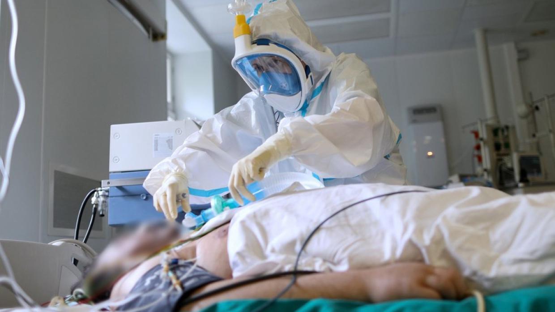 კორონავირუსით გარდაცვალების მაჩვენებელი ქვეყანაში კვლავ მაღალია – COVID-19-ს ბოლო 24 საათში კიდევ 74 ადამიანის სიცოცხლე ემსხვერპლა